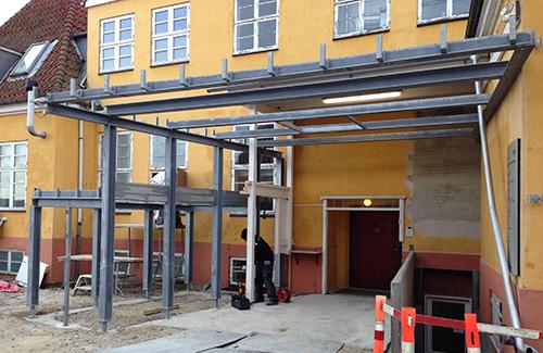 Brdr. Stjerne etablerer ny ambulanceport på Samsø Sygehus